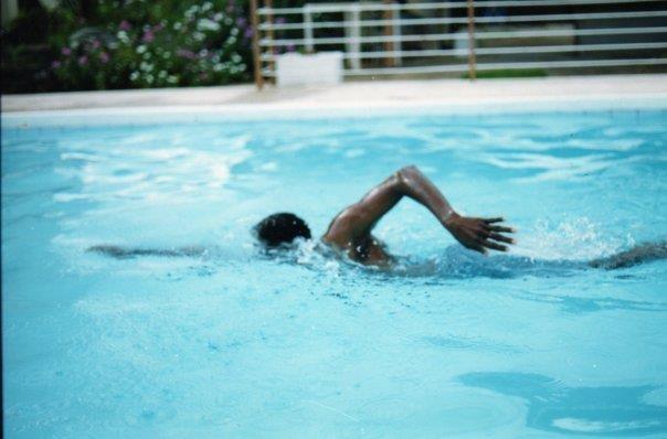 Oswald swimming